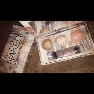 Brand new comes with box ud naked illuminator
